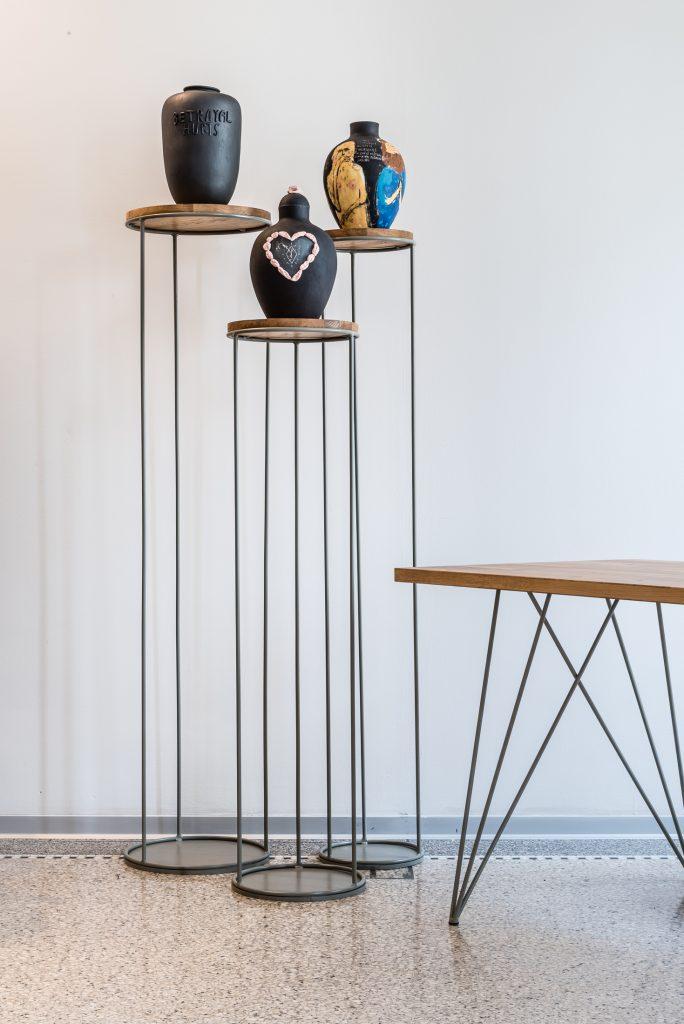 Realizácia interiéru showroomu lokálneho dizajnu Virvar, Hlboká cesta 7, Bratislava (okt. 2019)